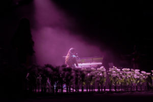 Design production concierto escenario festival Amaia Romero KOA Flores Floral